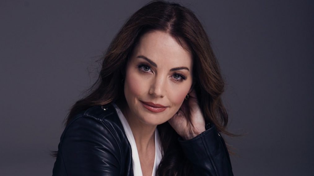 Erica Durance To Return As Lois Lane For 'Crisis On Infinite Earths'