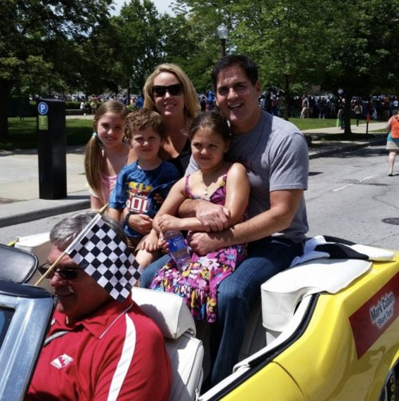 mark-cuban-family