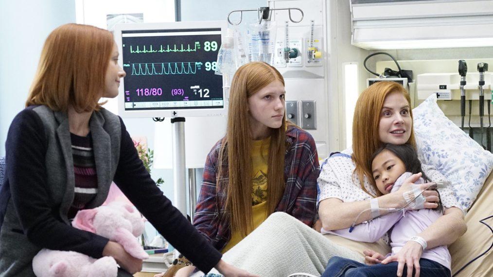 See 'Suits' Sarah Rafferty in 'Grey's Anatomy' Sneak Peek (PHOTOS)