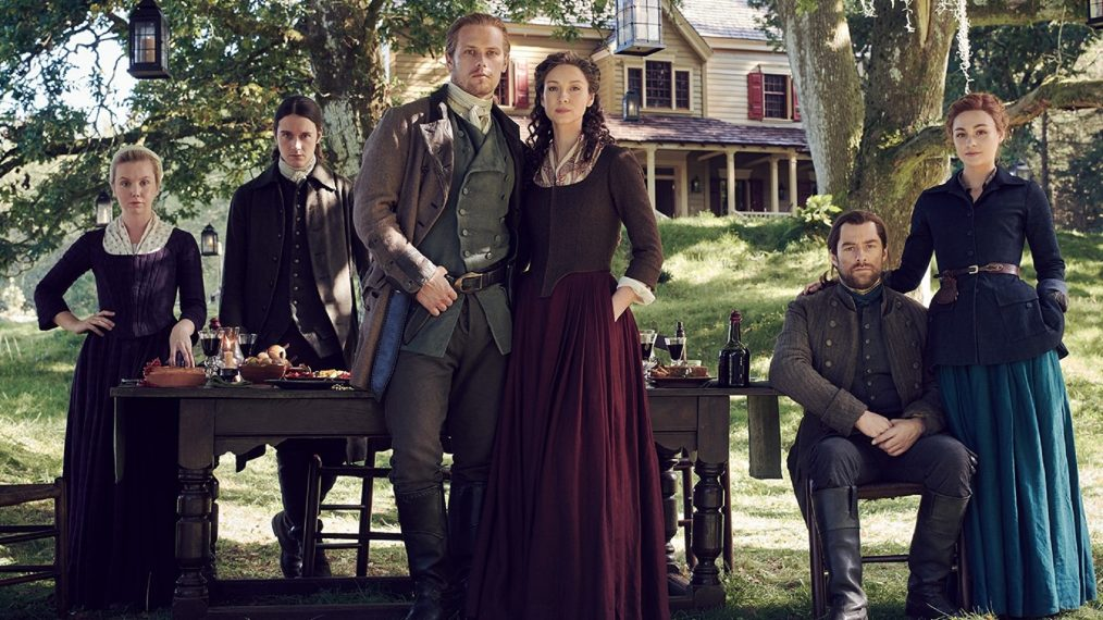 First Look at the 'Outlander' Fraser Family Photo & Season 5 Featurette (VIDEO)