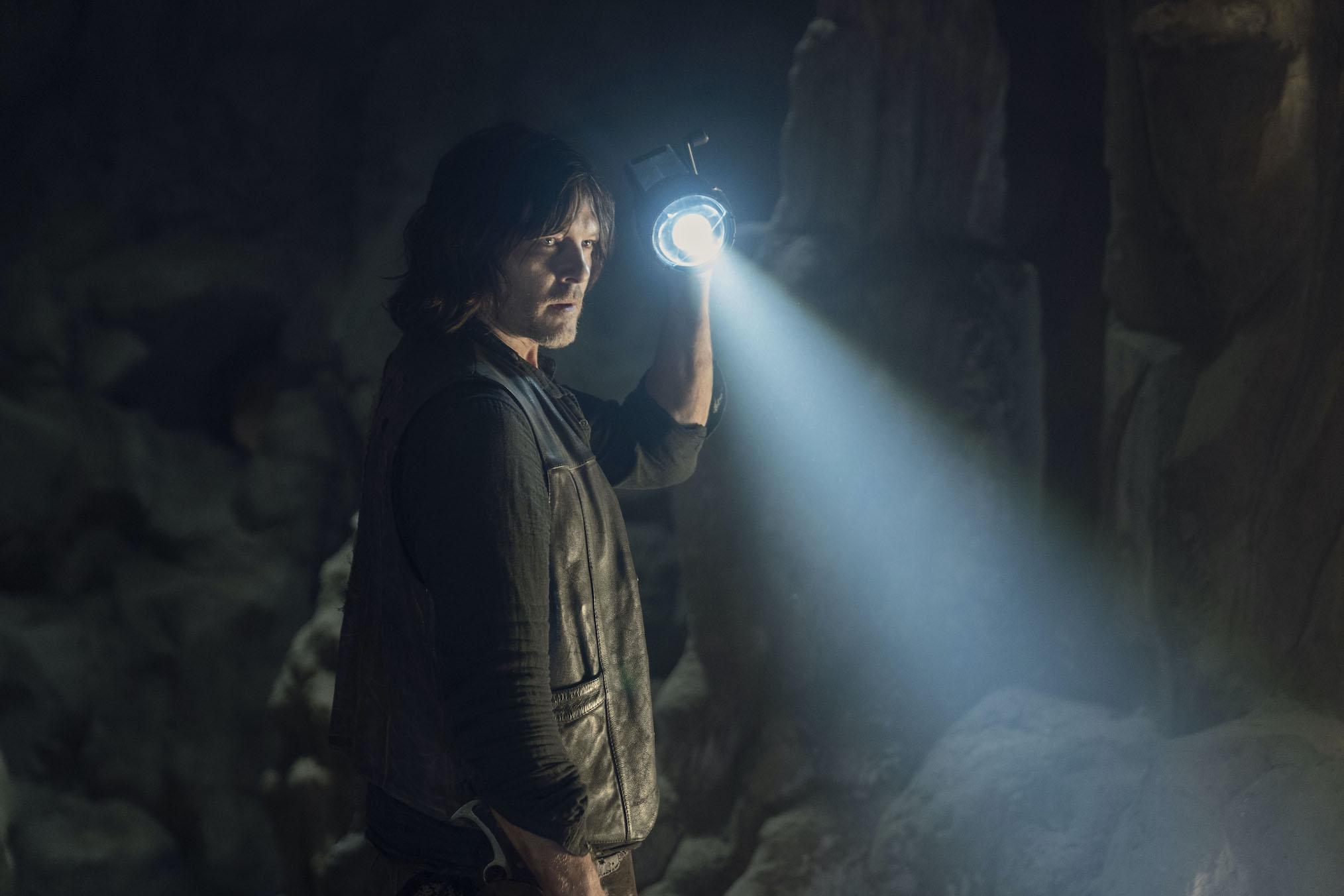 Norman Reedus Daryl Dixon Walking Dead 1009