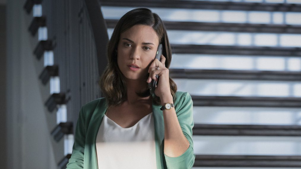 Odette Annable Casting thirtysomething Sequel Pilot