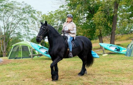 BAKEAWAY CAMP WITH MATHA STEWART HOST MARTHA STEWART HORSEBACK