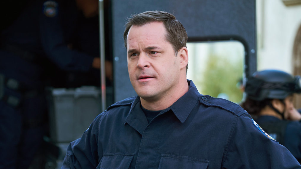 Kyle Bornheimer Brooklyn Nine-Nine Reflection Avenue 5 Season 2