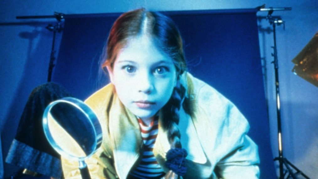 'Harriet the Spy' Animated Series With Beanie Feldstein Set at Apple TV+