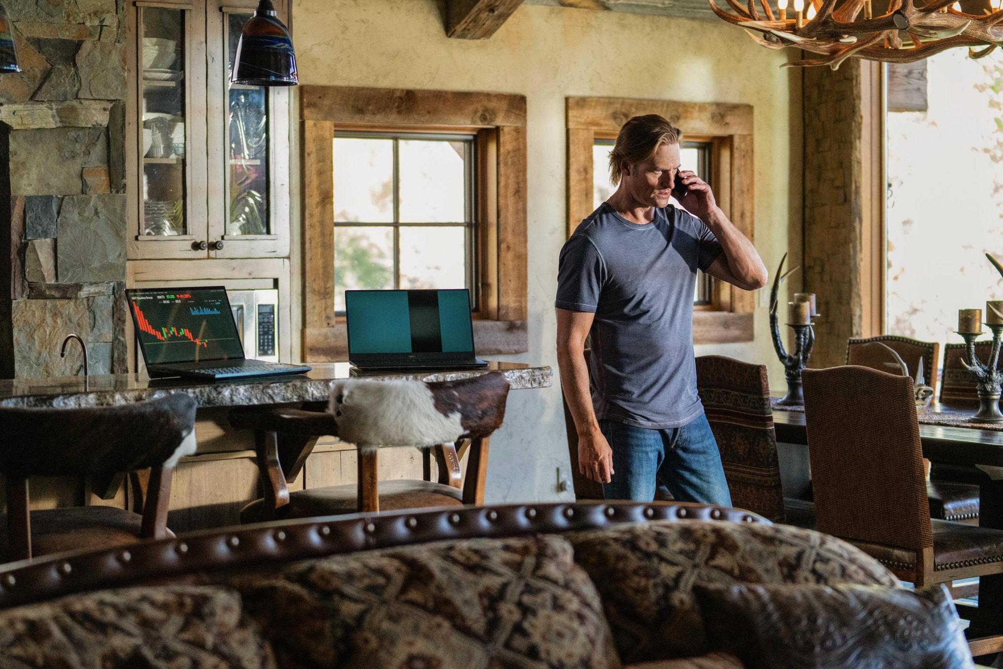 Josh Holloway Yellowstone Season 3 Episode 8 Roarke Morris