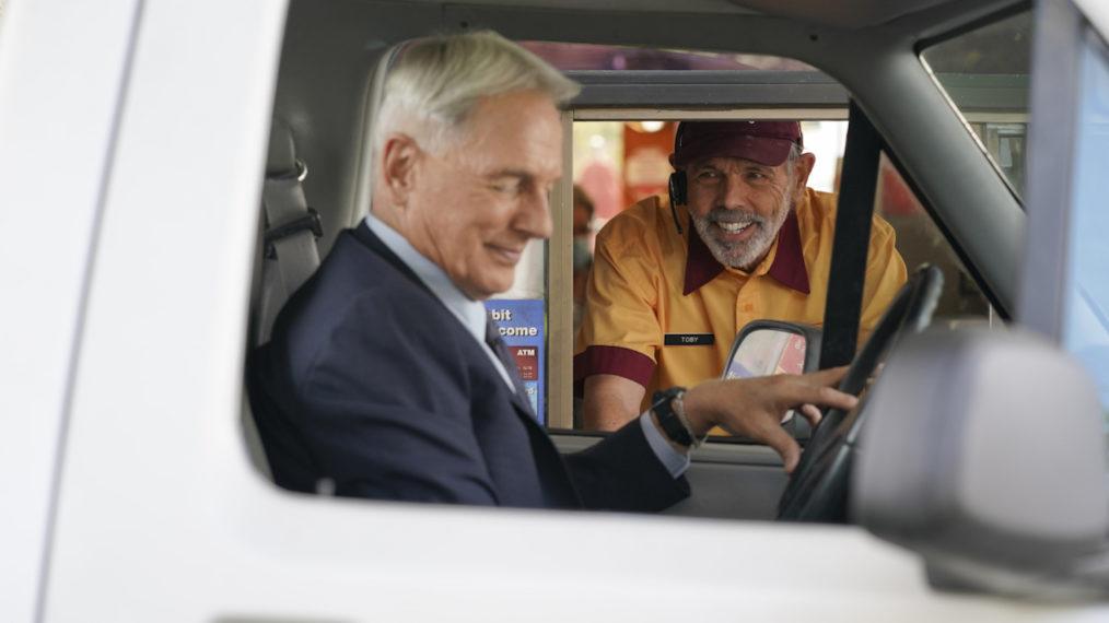 Gibbs Fornell NCIS Season 18 Episode 3 Beltway Burgers Drive-Thru