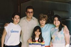 'Selena: The Series's Ricardo Chavira on Bringing Selena & Her Father's Bond to Life