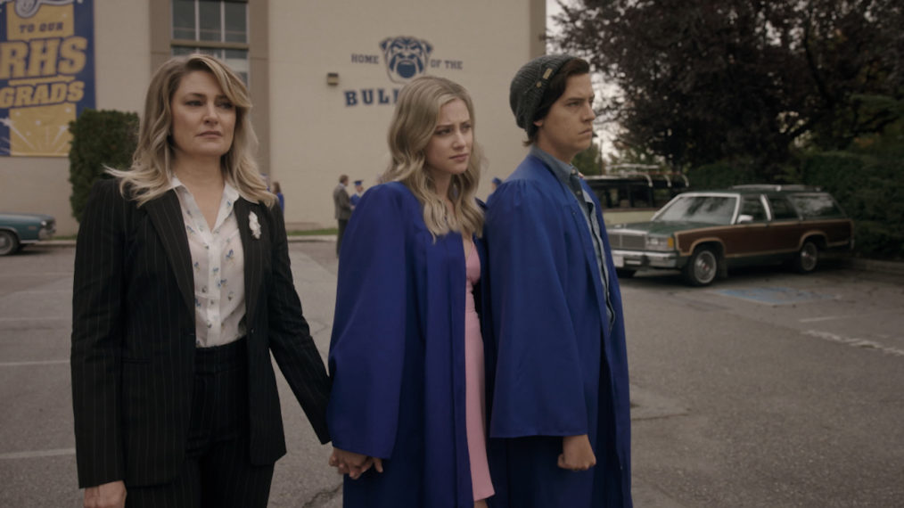 'Riverdale' Says Goodbye to High School in 'Graduation' (PHOTOS)