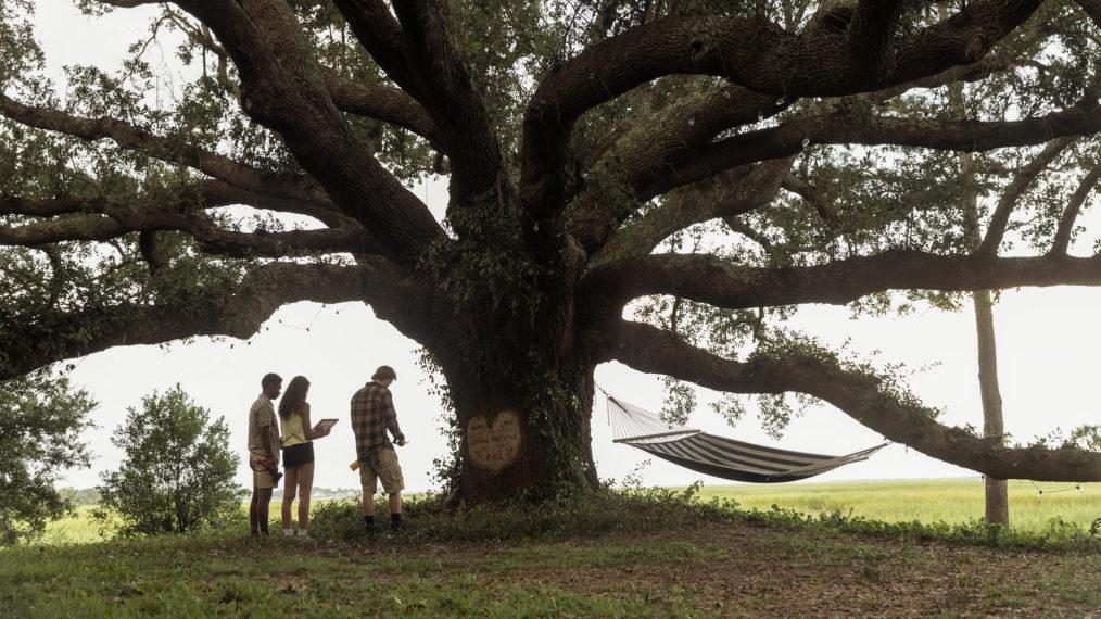 Outer Banks Season 2 Premiere Pope Kiara JJ