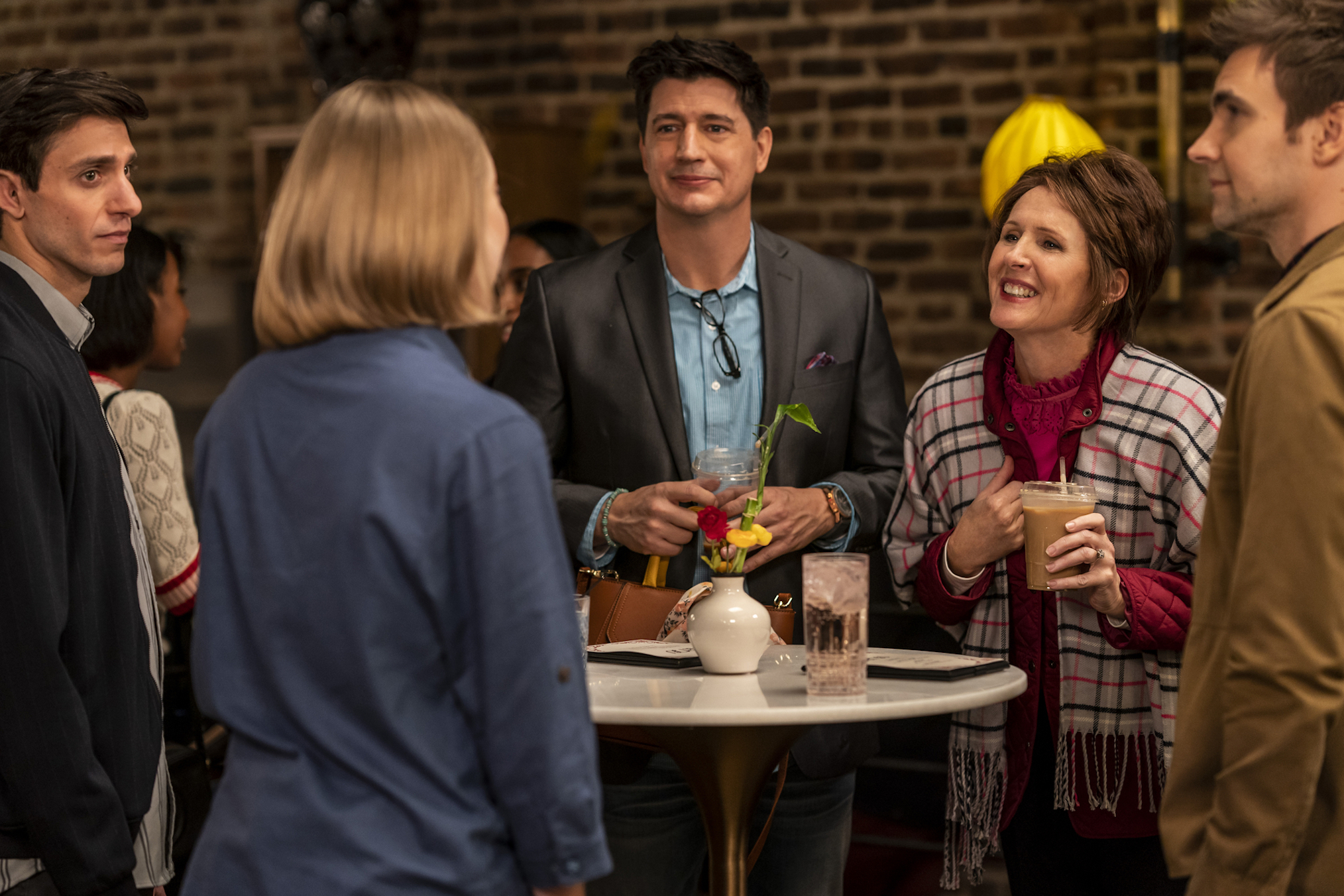 Gideon Glick, Ken Marino, Molly Shannon, Drew Tarver in The Other Two