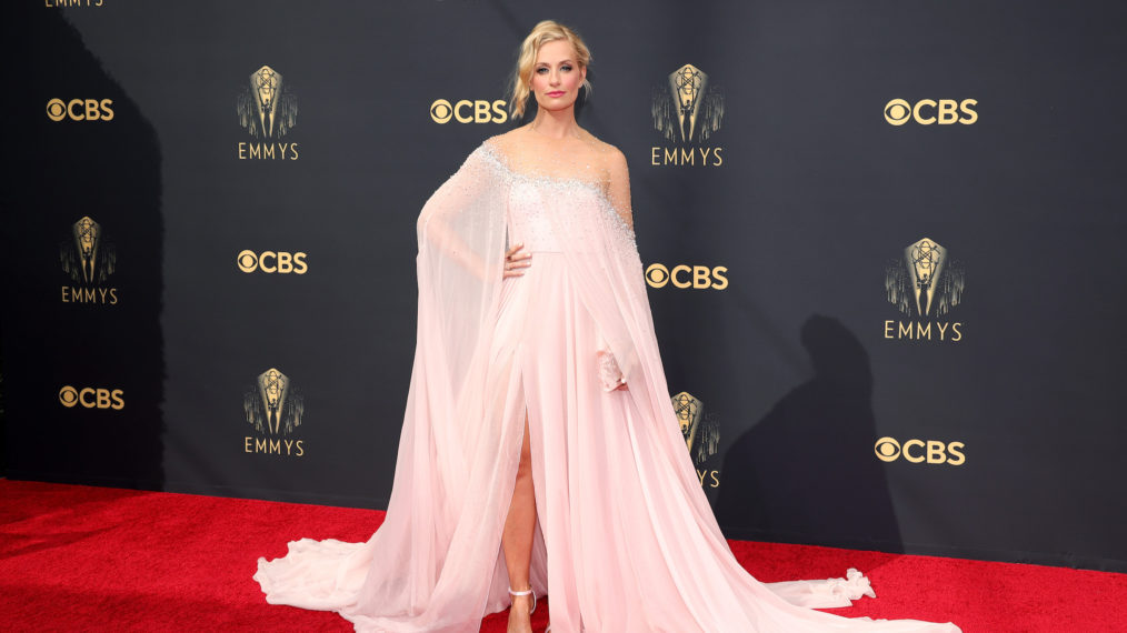 Beth Behrs at the 2021 Emmys