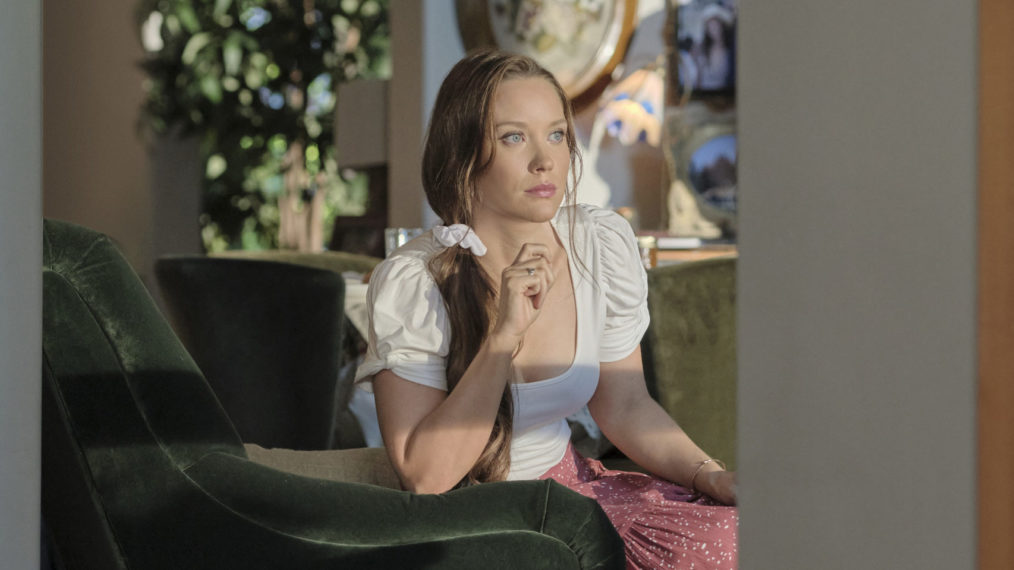 Laci Mailey as Jess in Chesapeake Shores