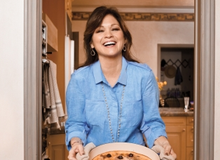 Valerie Bertinelli on Judging Kids Baking Championship, Parenting, Pressure, and Bruschetta